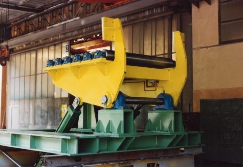 Equipment to handle aluminium plates